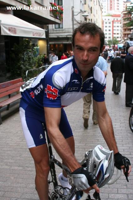 Fotos Ciclismo Euskal Bizikleta 2006 003