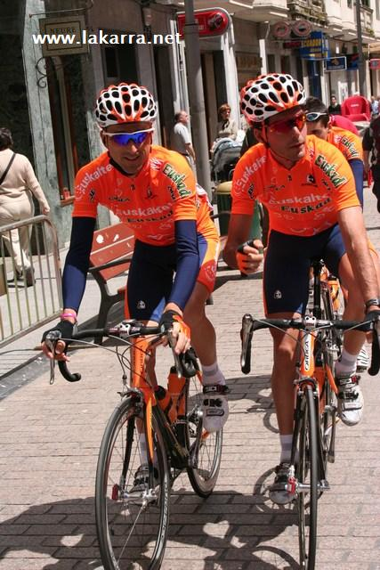 Fotos Ciclismo Euskal Bizikleta 2006 009