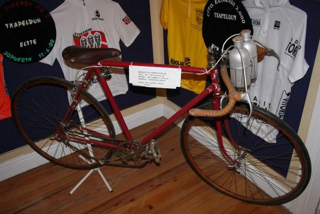 Museo Bicicleta Amurrio Licor Karpy 007
