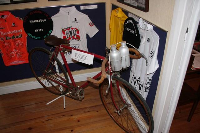 Museo Bicicleta Amurrio Licor Karpy 025