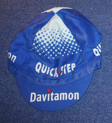 cap 2004 quick step davitamon