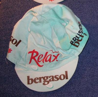 cap 2004 relax bergasol