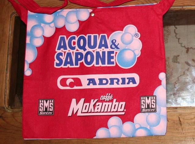 musette 2005 acqua sapone adria mokambo
